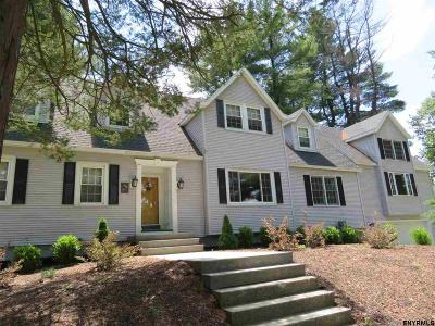 Rensselaer County Single Family Home For Sale: 2 Pine Ct