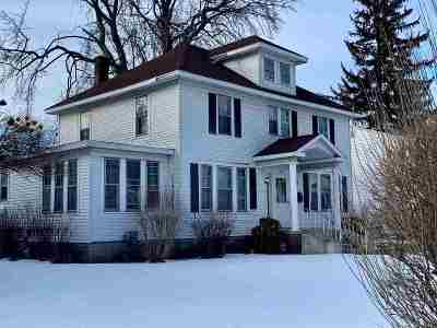 Schenectady Single Family Home For Sale: 799 Central Pkwy