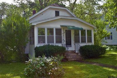 Bethlehem Single Family Home For Sale: 54 Willowbrook Av