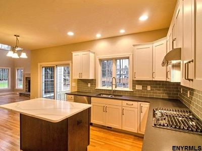 Single Family Home For Sale: 7 Cragmoor Ln