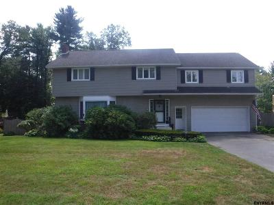 Guilderland Single Family Home For Sale: 920 Pine Hill Dr South