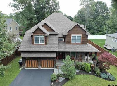 Saratoga Springs Single Family Home For Sale: 4 Joshua Rd