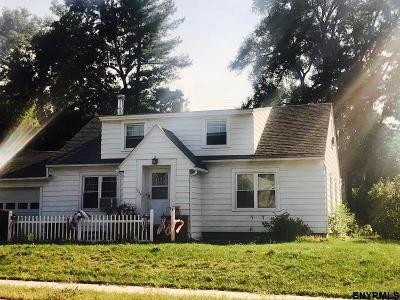 Guilderland Single Family Home For Sale: 1844 Western Av