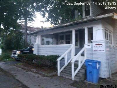 Albany Single Family Home For Sale: 16 Sand St