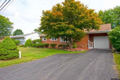Colonie Single Family Home For Sale: 18 Wertman La
