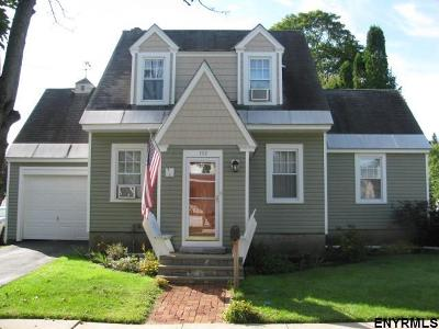 Gloversville Single Family Home For Sale: 112 Sixth Av