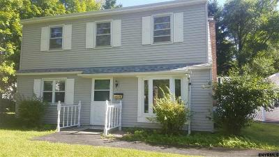 Colonie Rental New: 25 Perry Av