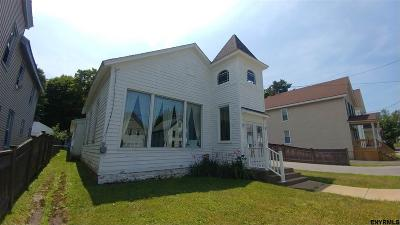 Johnstown Single Family Home For Sale: 110 Prospect St