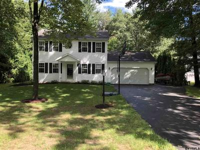 Wilton Single Family Home For Sale: 30 Dandelion Dr
