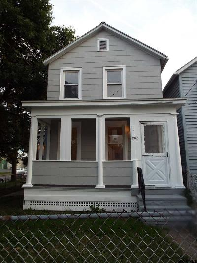 Watervliet Single Family Home For Sale: 200 14th St