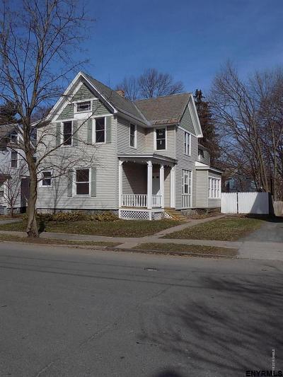 Glens Falls Single Family Home For Sale: 31 Harrison Av
