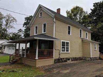 Broadalbin Single Family Home For Sale: 3 Meadow St