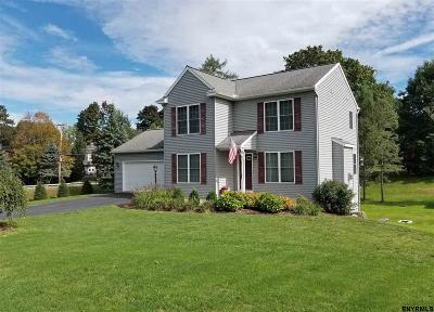 North Greenbush Single Family Home For Sale: 5 Judd La