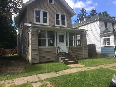 Rensselaer Single Family Home For Sale: 1825 7th St