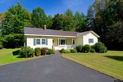 Northampton Tov, Mayfield, Mayfield Tov Single Family Home For Sale: 148 Jackson Summit Rd East