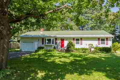 Saratoga Springs Single Family Home For Sale: 16 Walter Dr