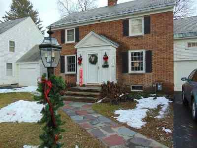 Niskayuna Single Family Home For Sale: 1552 Myron St