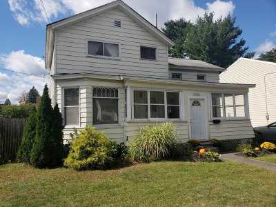 Schenectady Single Family Home For Sale: 1128 Helderberg Av