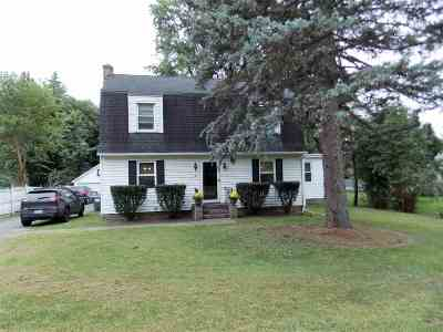 North Greenbush Single Family Home For Sale: 485 Winter St Ext
