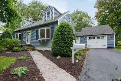 Bethlehem Single Family Home For Sale: 4 Brockley Dr