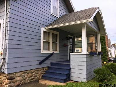 Gloversville Single Family Home For Sale: 19 W 12th Av