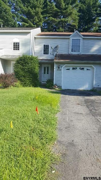 Saratoga County Rental For Rent: 209 Whitetail Ct
