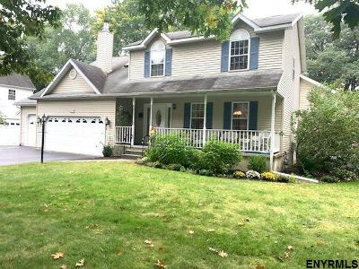 Niskayuna Single Family Home For Sale: 2247 Algonquin Rd