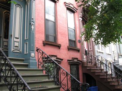 Albany Multi Family Home For Sale: 328 Hudson Av