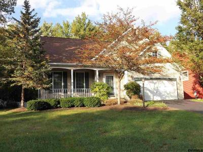 Malta Single Family Home For Sale: 14 Lupine Dr