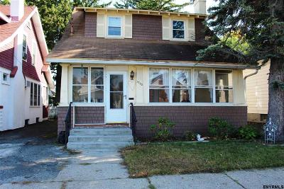 Schenectady Single Family Home For Sale: 1733 Avenue H