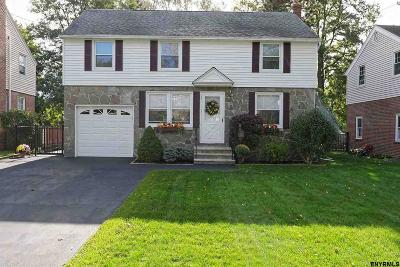 Colonie Single Family Home For Sale: 19 Fuller Ter