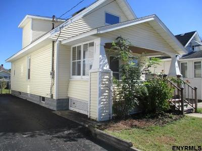 Schenectady Single Family Home For Sale: 1425 Hawthorne St