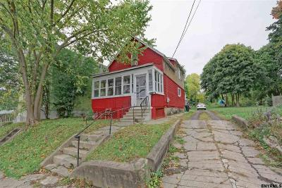 Schenectady Single Family Home For Sale: 2160 Van Vranken Av