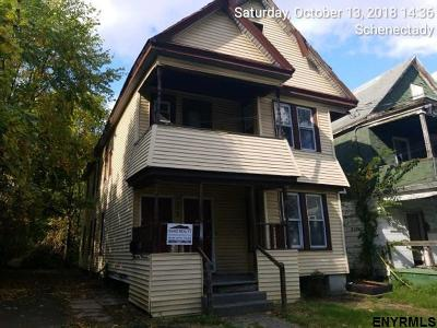 Schenectady Multi Family Home For Sale: 412 Summit Av