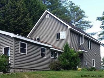 Northampton Tov, Mayfield, Mayfield Tov Single Family Home For Sale: 218 Skiff Rd