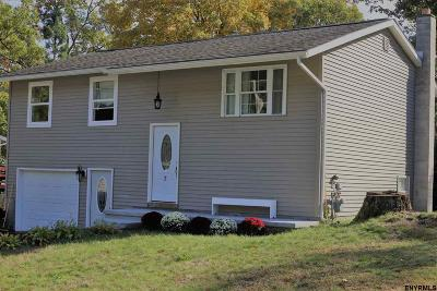 Saratoga Springs Single Family Home For Sale: 7 Curt Blvd