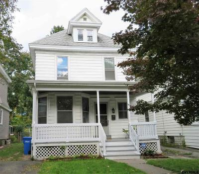 Albany NY Single Family Home For Sale: $159,000