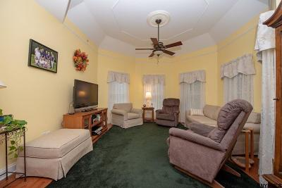 Voorheesville Single Family Home For Sale: 80 Maple Av