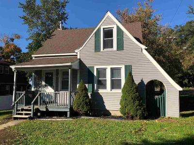 East Greenbush Single Family Home For Sale: 251 Pinehurst Av