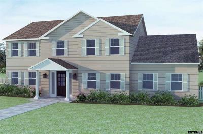 Single Family Home For Sale: 101 Hidden Pond Dr