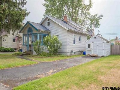 Rensselaer County Single Family Home New: 27 Pershing Av