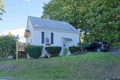 Rensselaer County Single Family Home New: 33 Ridge Rd