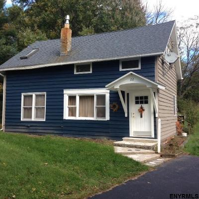 Rensselaer County Single Family Home New: 22 Craver Rd