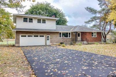 Saratoga County Single Family Home For Sale: 107 Ashdown Rd