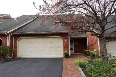 Bethlehem Single Family Home For Sale: 47 Commonwealth Dr
