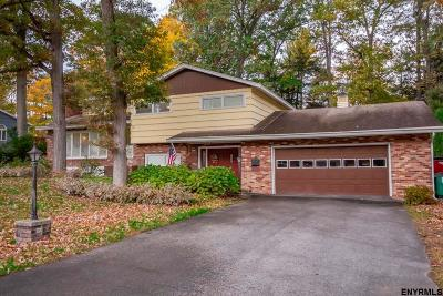 Glenville Single Family Home For Sale: 36 Woodcrest Dr