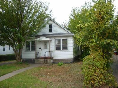 Schenectady Single Family Home For Sale: 458 Eleventh St