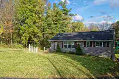 Rensselaer County Single Family Home For Sale: 1175 Maple Hill Rd