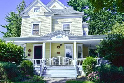 Glens Falls Single Family Home For Sale: 3 Horicon Av