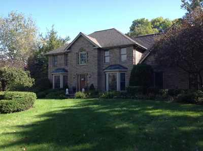 Single Family Home For Sale: 14 Dublin Dr